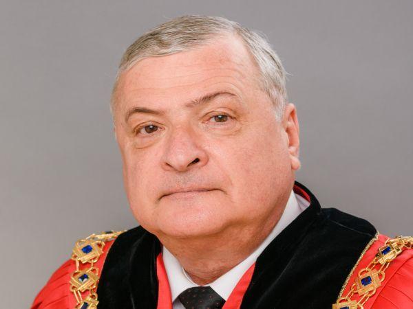 Ректорът на МУ-Варна отправи приветствие за Деня на родилната помощ
