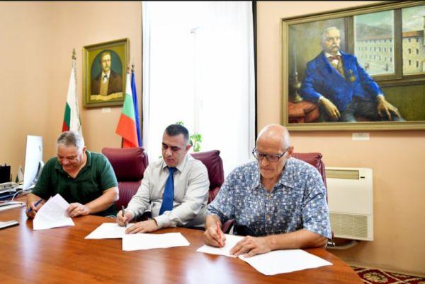 Увеличават заплатите на медицинските специалисти в Сливен