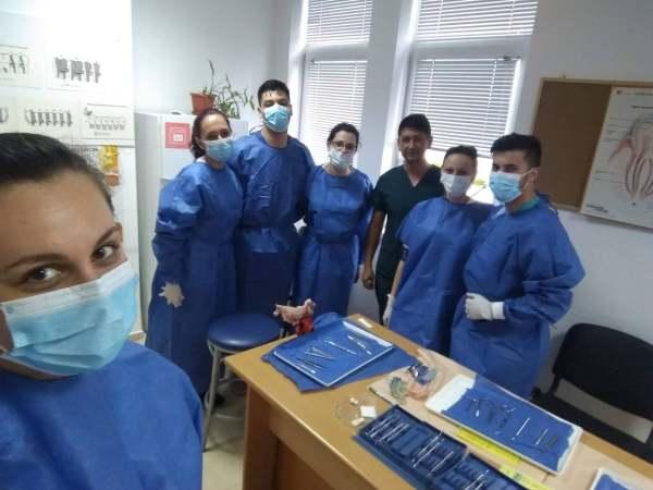 90 лекари по дентална медицина се дипломират в МУ-Пловдив