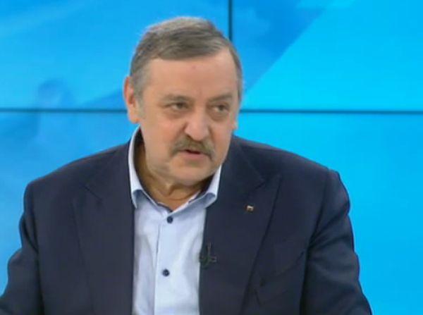 Проф. Тодор Кантарджиев: Ако още 11 дни няма морбили у нас, значи сме се преборили