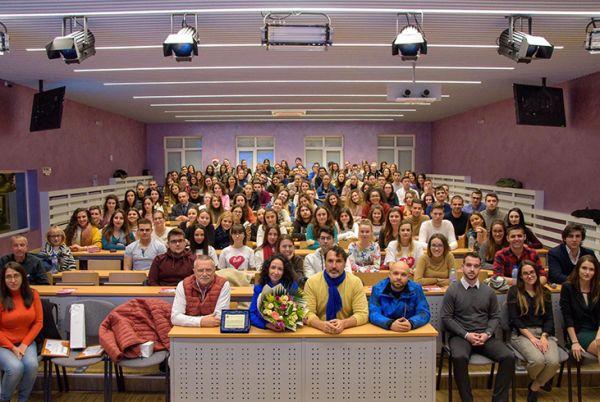 Студенти от МУ-Варна обсъждаха донорството