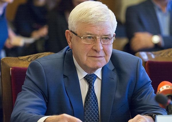 Министър Ананиев отчете годината за МЗ