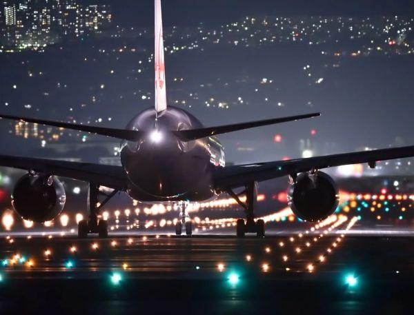 Бременните, които пътуват със самолет, са в повишен риск от тромбемболизъм