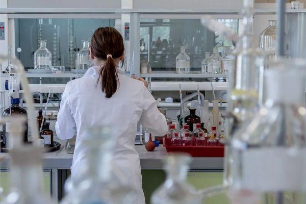 Китай се бори с неизвестна форма на вирусна пневмония