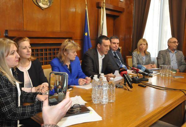 Бургас ще строи университетска детска болница