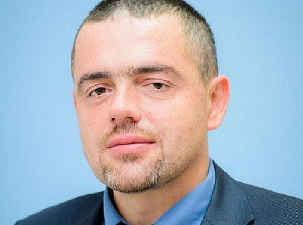 Проф. Емил Ковачев: Все повече млади лекари и сестри остават в България