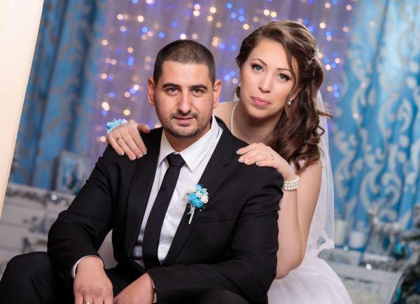 Младоженци отказаха цветя за сватбата си, даряват парите на УМБАЛ Бургас
