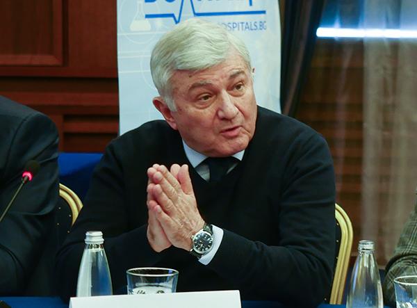 Проф. Григор Димитров: Държавата не дава пари за здравеопазването, плащаме си го ние