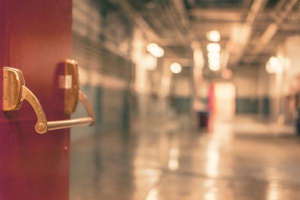 Шест големи болници са в готовност да поемат съмнителни случаи за коронавирус
