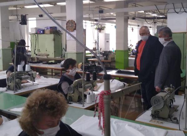 Борисов: Обмисляме ограничаване на движението на хора и определени часове за пазаруване само на възрастни