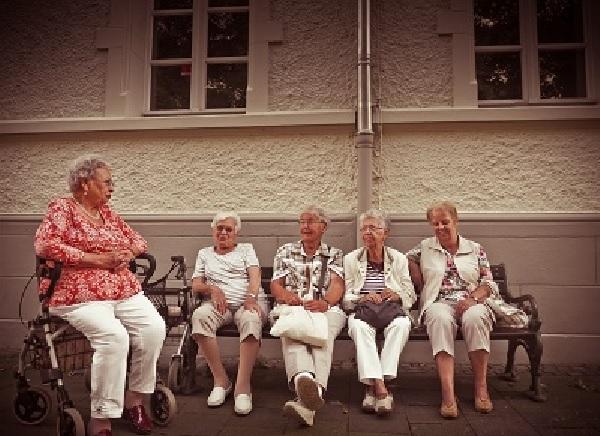 45 млн. лв. отделя социалното министерство за патронажна грижа за хора с увреждания и възрастни