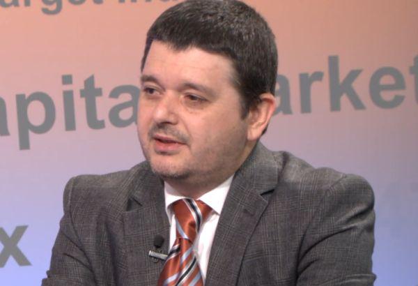 Антон Вълев: Смисълът на носенето на маска е да ограничи човек да не си докосва лицето си