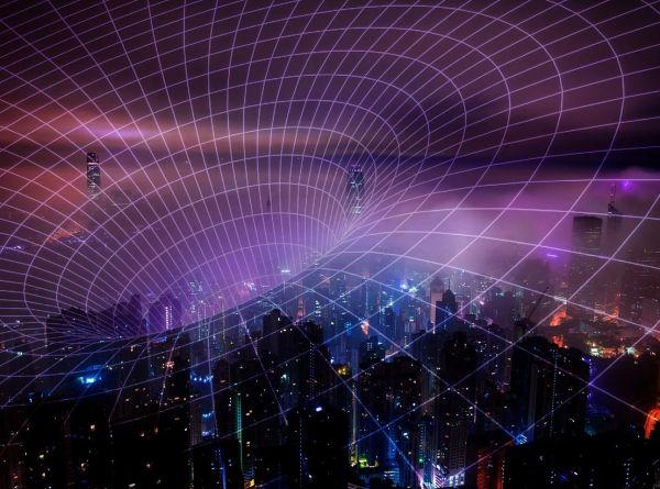 Конспиративните теории за 5G и COVID-19 станаха заплаха за реда и безопасността