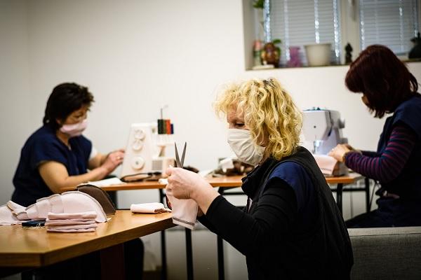 """Хигиенистка от МУ-Варна стартира инициатива """"Заедно ще се справим!"""" в подкрепа на УМБАЛ """"Св. Марина"""""""