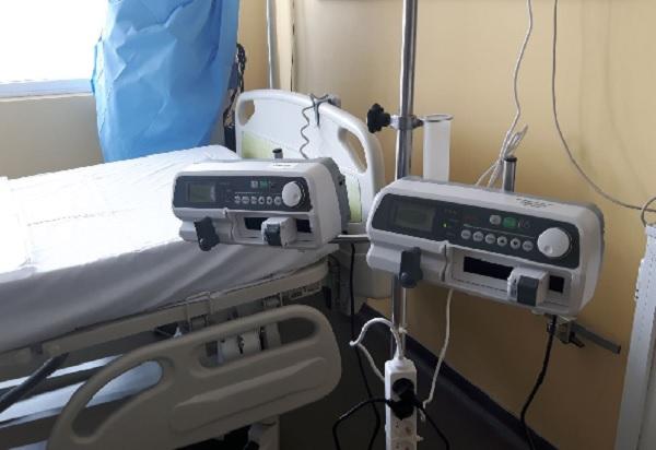 28 инфузионни помпи, купени с дарения, пристигнаха в МБАЛ-Бургас