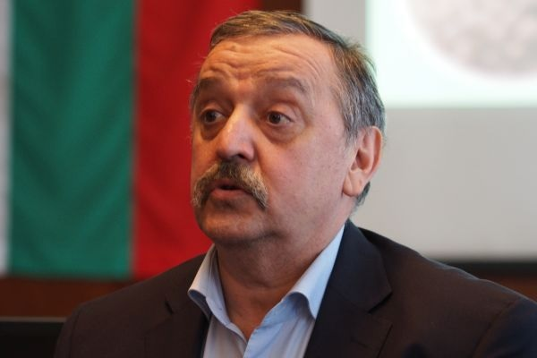 Проф. Кантарджиев: Включването ни в Европейска банка за кръвна плазма е въпрос на бъдеще