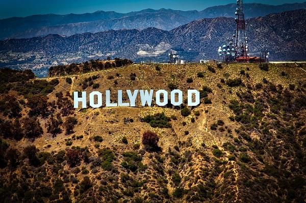 Холивуд спешно търси медици - специалисти по COVID-19