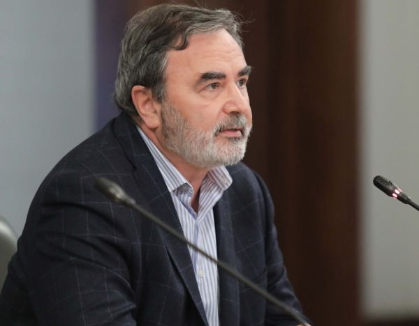 Доц. Кунчев: Българското общество в много малка част се е срещало с вируса