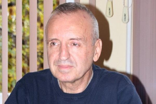 Шефът на АГ-отделението в МБАЛ-Велико Търново дари заплатата си като общински съветник на болницата