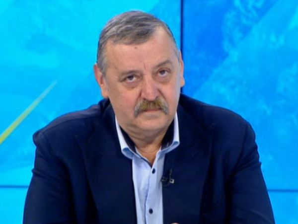 Проф. Кантарджиев: Ако отново има пик на COVID-19, той ще бъде през есента заедно с другите сезонни инфекции