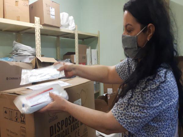 Китайската общност дари 6000 еднократни маски на УМБАЛ Бургас
