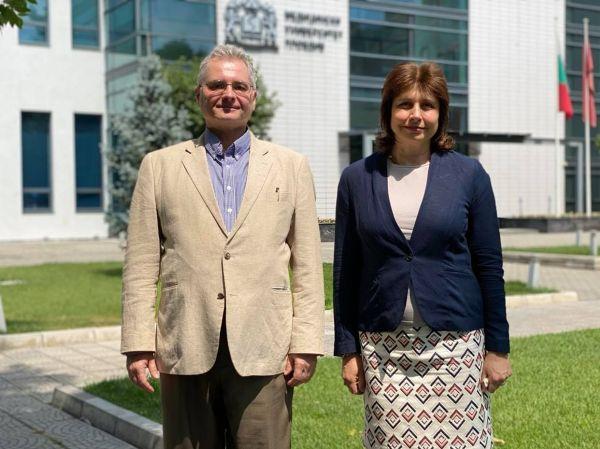 МУ-Пловдив отчете успешно партньорство с Университета в Тенеси