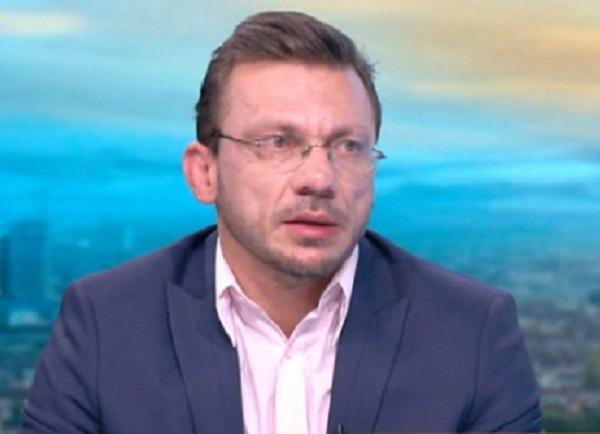 Д-р Хасърджиев: През зимата ситуацията с коронавируса може да излезе извън контрол