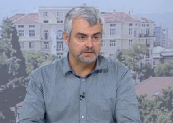 Д-р Миндов: Пациенти със симптоми за COVID разнасят вируса, защото не могат да бъдат тествани