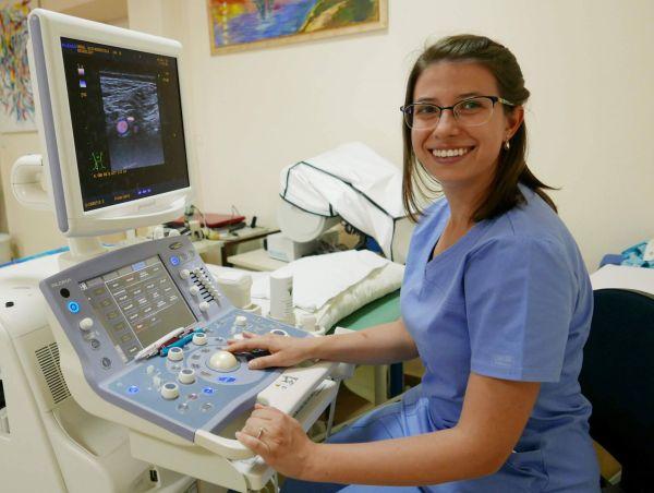 Д-р Дияна Бележанска: Доставя ми удоволствие да говоря с пациентите и да събера парченцата от техния живот