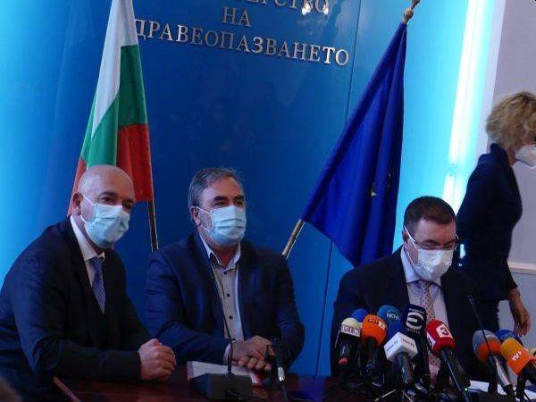 Проф. Ангелов: Смъртността от COVID зависи от това кога пациентът постъпва в болница