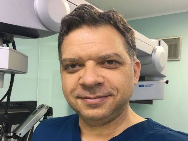 Д-р Асен Хаджиянев: Неврохирургията изисква 100% себеотдаване и дълги години усъвършенстване