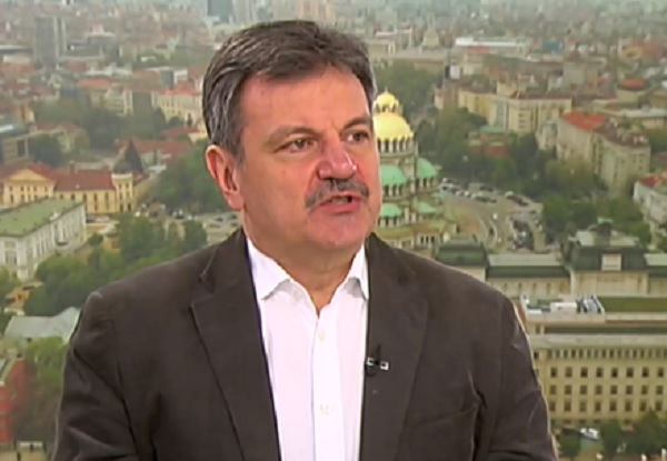 Д-р Симидчиев: Вече имаме протоколи, с които лекуваме вируса много по-добре