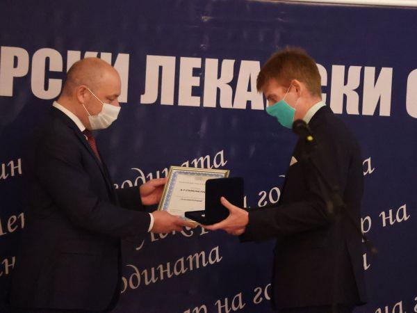 Д-р Станислав Коцев: Искам да бъда добър лекар, максимално полезен за пациентите си