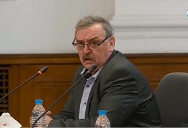 Проф. Кантарджиев: Спешно трябва да се въведат бързите антигенни тестове