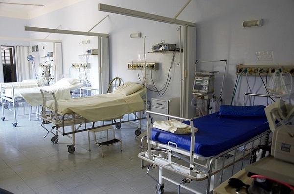 Близо половината от леглата за активно лечение в страната са заети