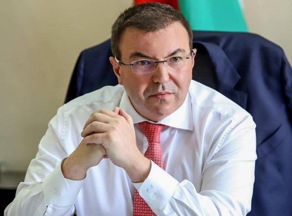 Министърът: Всички, работили на първа линия, ще получат полагащите им се суми до края на декември