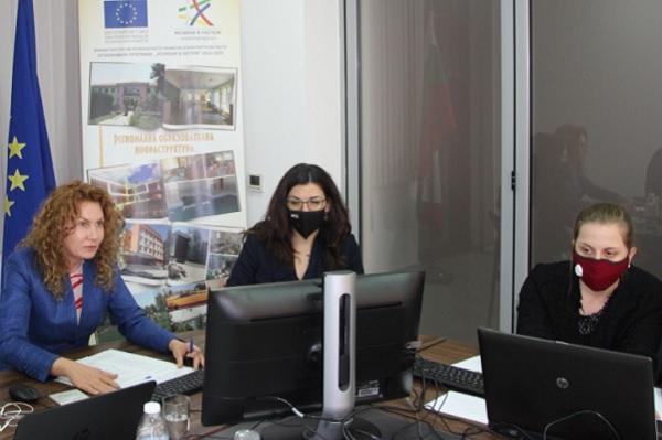 Отпускат 130 млн. лв. за борба с COVID-19 в общинските болници и ЦТХ в София и Варна