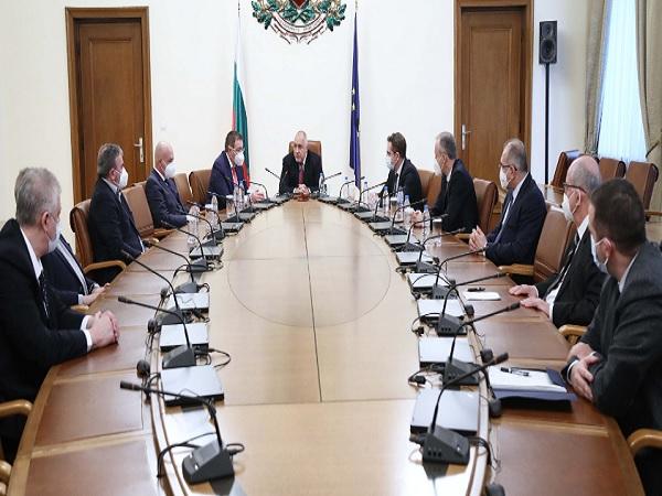 Постепенно разхлабване на мерките препоръча НОЩ на Борисов