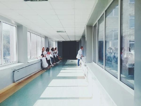 Зелена светлина за възстановяването на бившата Белодробна болница в Шумен