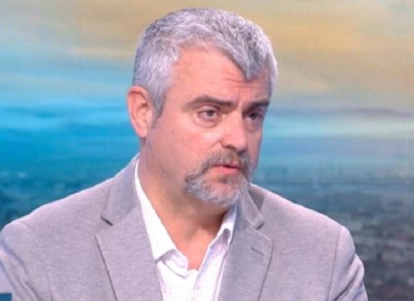 Д-р Миндов: Хората си правят домашни тестове и крият, че са болни