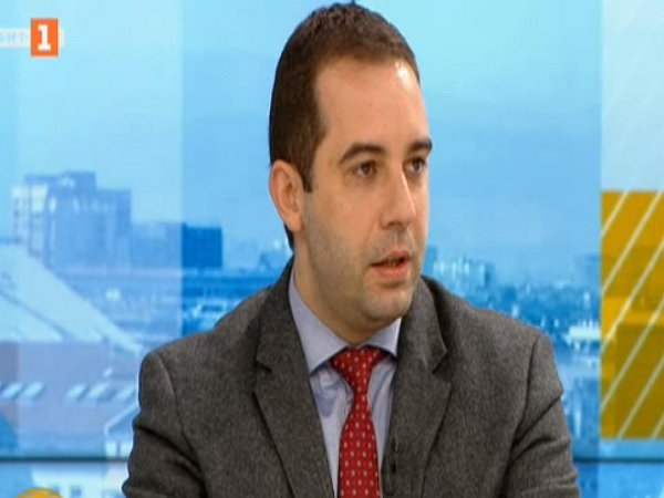 Богдан Кирилов: Не се обмисля изтегляне на ваксината на АstraZeneca