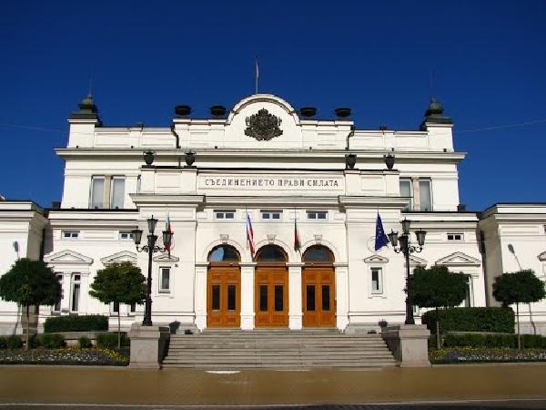 Отложиха първото заседание на здравната комисия в новия парламент