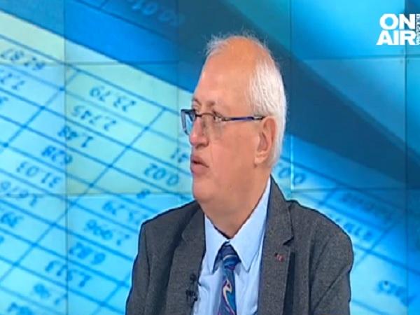 Доц. Спасков: Не е време за смяна на директори на болници