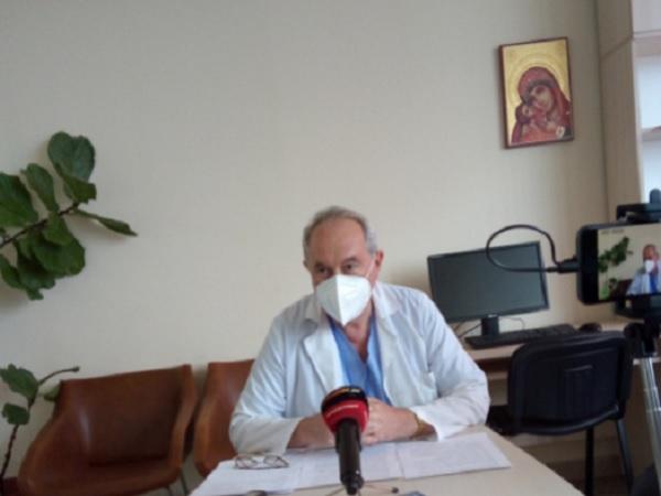 """Пушачите са рискова група при COVID, предупреди специалист от УМБАЛ """"Св. Георги"""""""
