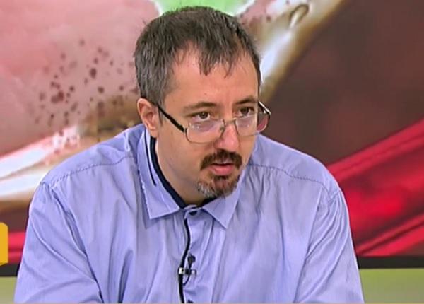 Томов: Рискът от COVID при децата е много висок