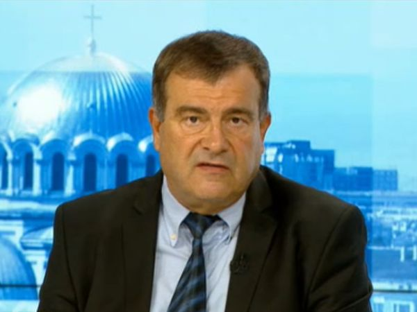 Д-р Димитър Петров: До две седмици COVID зоните ще бъдат 150