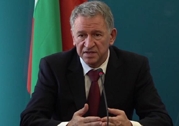 Министър Кацаров: Не трябва да има компромис с мерките