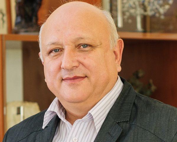 Проф. Тодор Черкезов: Проблем над проблемите за всяка болница е недостигът на медицински персонал