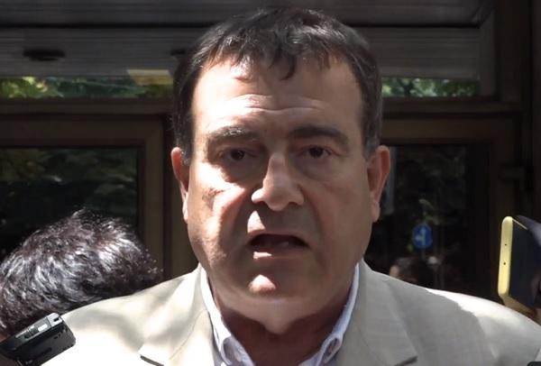 Д-р Петров: Трябва да решим проблема с недостига на медицински персонал в COVID отделенията