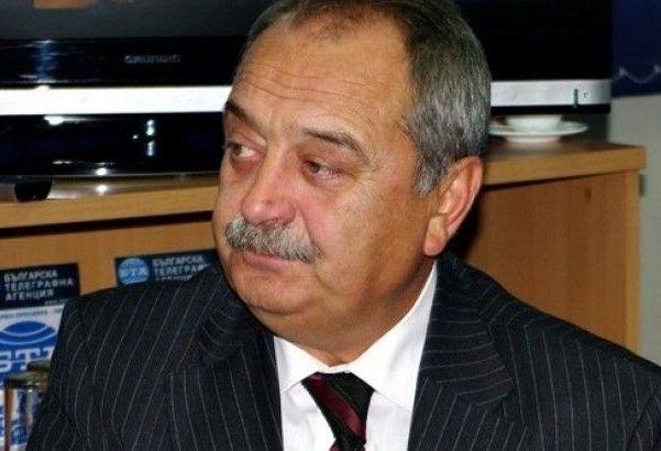 Д-р Грозев и д-р Димитър Петров влязоха в спор за 17,5 млн. лв.